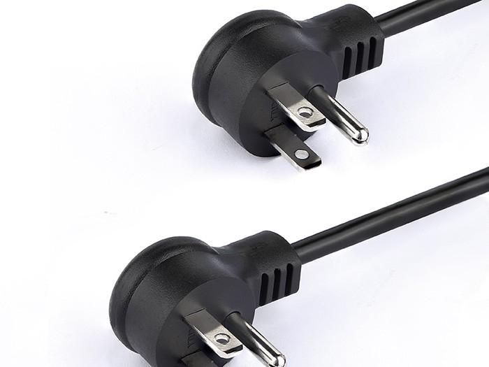 如何鉴定日常使用的电源线插头的好坏